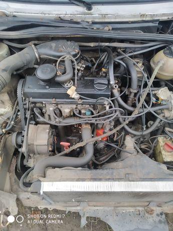 Двигатель на Фольксваген гольф 2.
