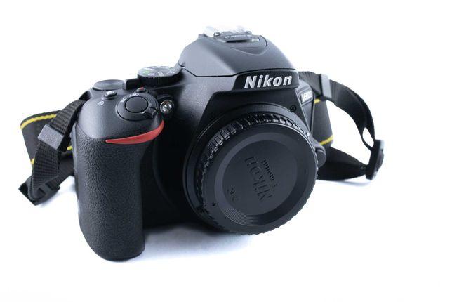 Nikon D5600 Nikkor 18-55mm DX VR/Sigma 17-50 mm F2,8 EX DC OS HSM