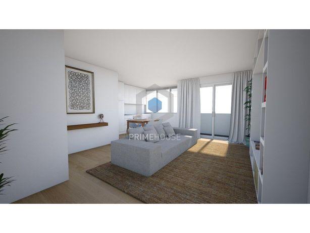 Apartamento T2 Renovado na Praça do Brasil - Setúbal