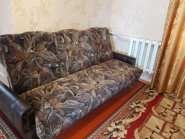 Отличный диван для гостинной