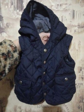 Куртка жилетка 0-6 месяцев