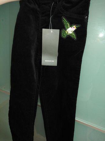 Nowe spodnie dziewczęce Reserved