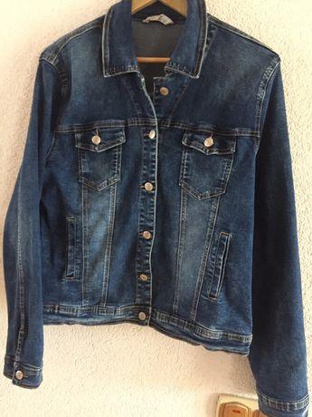 Курточка джинсова жіноча