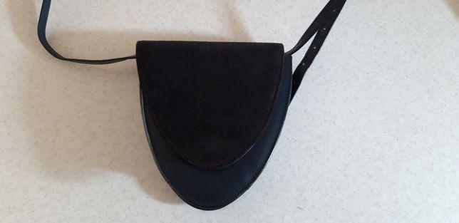 Skórzana angielska torebka granatowo- czarna- skóra naturalna