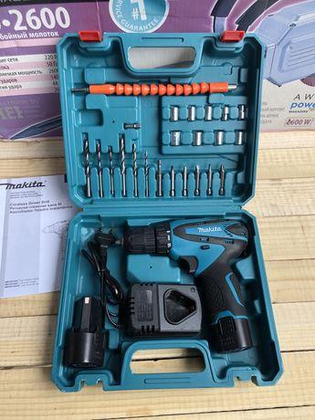 Шуруповерт Makita (Макита)DF 330 D2 с набором инструмента (12V/2Ah)
