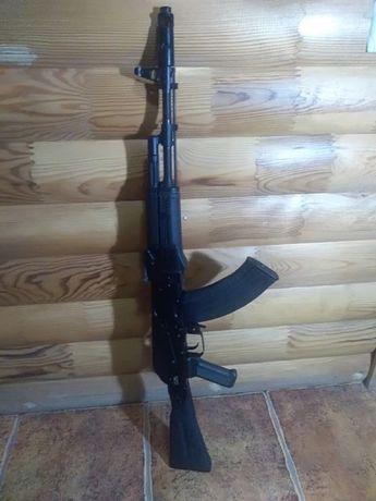 Лучшая цена!!!Макет ММГ АК-74М .не стреляет.