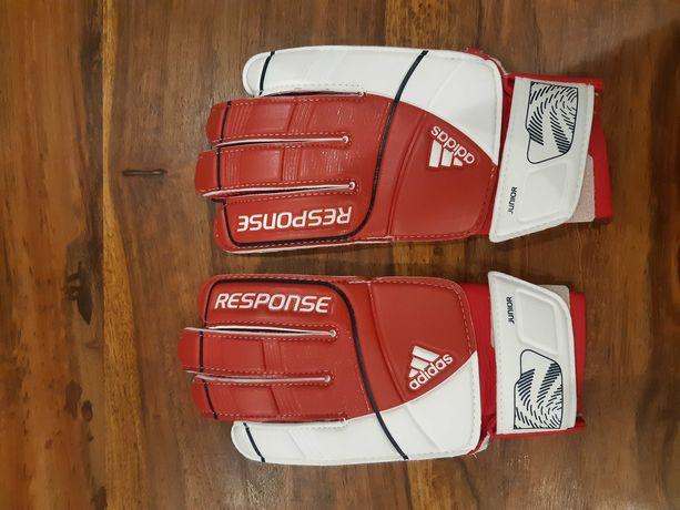 Rękawice bramkarskie firmy Adidas roz.4 Junior