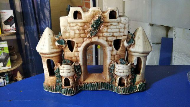 Керамические декорации,замки корабли, вазы и др. для аквариума