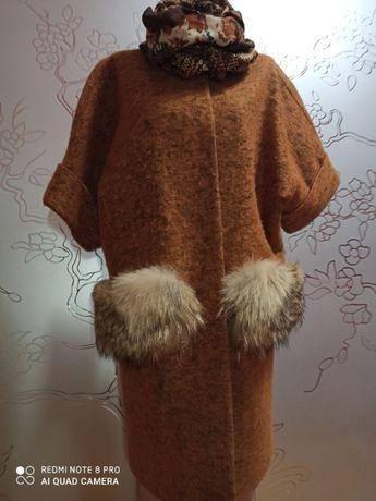 Продам пальто с мехом, размер 42-46!