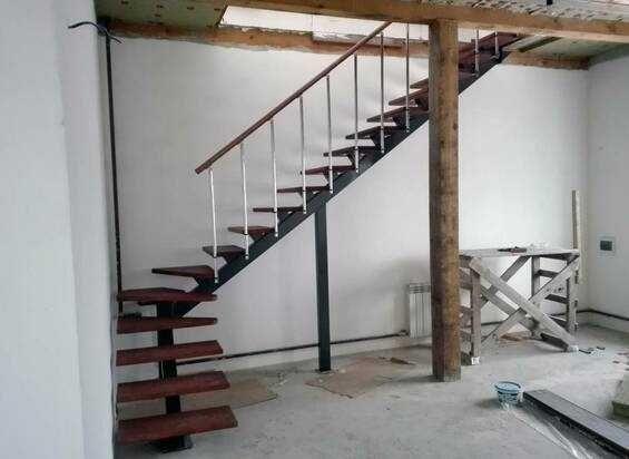 Лестницы любой сложности. Производство и установка металлоконструкций.