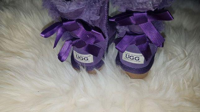 Wrzosowe skórzane buty UGG EMU kokardy 25 jnowe