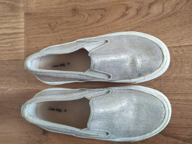 Сліпони zara весняне зручне взуття на кожен день