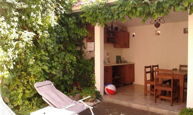 Продам дом с уютным двориком в историческом центре Евпатории!