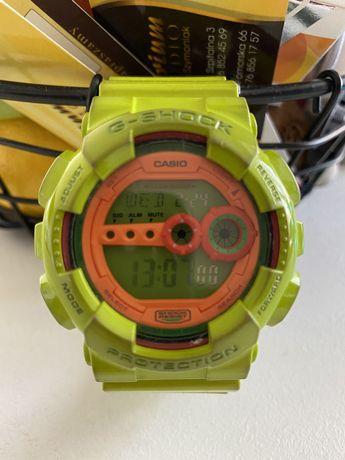Casio G-  shock GD-100HC