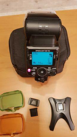 Lampa błyskowa SB 700 Nikon speedlight