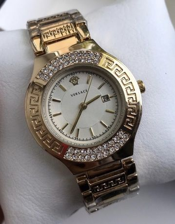 Стильные кварцевые часы Versace