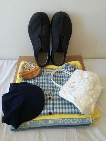 Conj toalha+camiseiro+boné+ténis+portamoedas+nécessaire