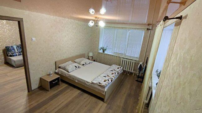 Центр.Квартира подобово,2 кімнати