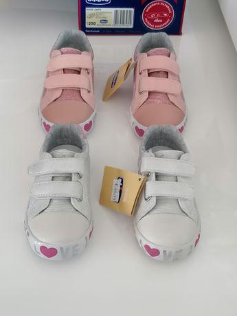 Chicco sapatilhas novas e originais nr 22 ou 25