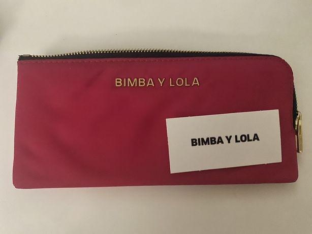 Vendo carteira vermelha Bimba Y Lola NOVA c/ talão