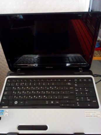 Продам ноутбук тошиба ,i3.4озу,видео 1гб