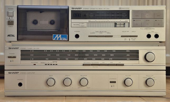 Wzmacniacz Sharp Sa-200 + magnetofon Sharp Rt-200