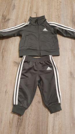 Дитячий спортивний костюм adidas оригінал 6міс