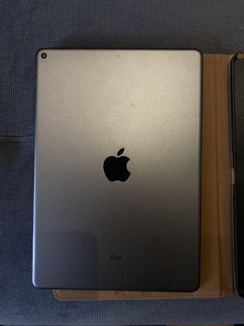 iPad Air Wi-Fi 64GB + case spigen + apple pencil