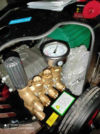 Мойка высокого давления АВД 4kW 200-250bar 220-380V,аналог Karcher