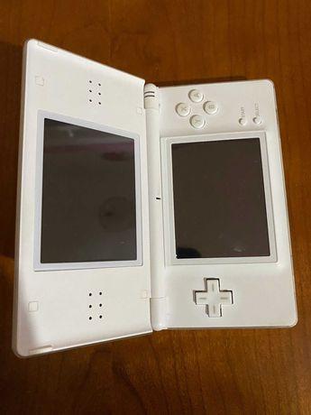 Nintendo DS Lite + 4 jogos + Bolsa + Carregador