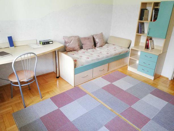 Trzy pokoje 1-osobowe w bezczynszowym mieszkaniu do wynajęcia od zaraz