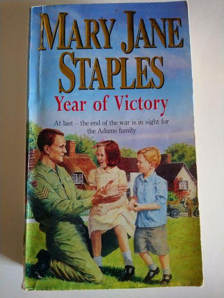 Книга на англійській мові Mary Jane Staples Year of Victory