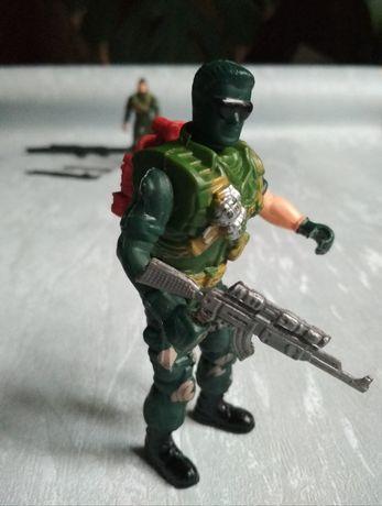 Солдат коллекционный рухливий iграшка 1990х