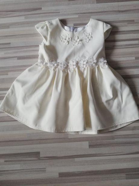 Sukienka na chrzest rozm 68