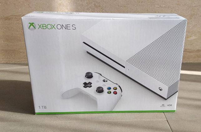 Xbox One S 1TB Pełny zestaw + Gra