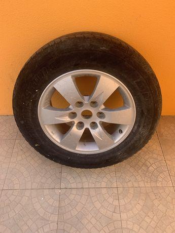 Jante r17  l200 com pneu