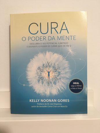 """Livro """"Cura"""" de Kelly Noonan Gores"""