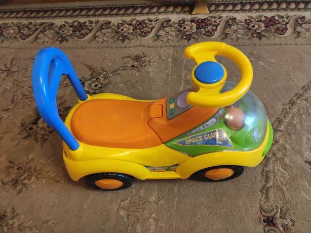 Детская машинка толкалка