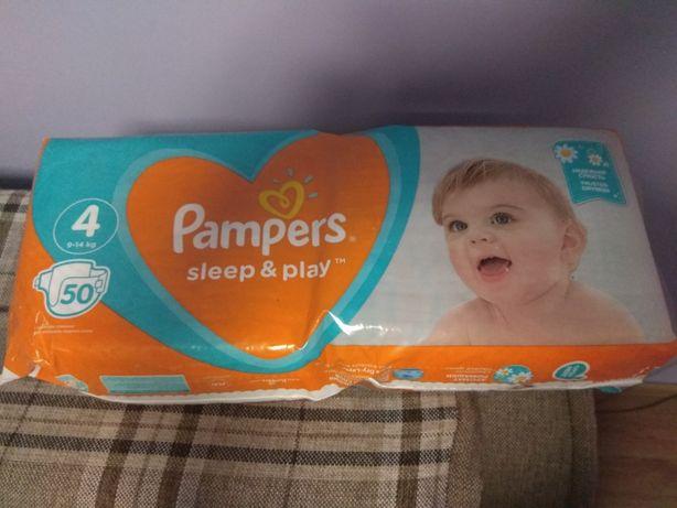 Підгузники Pampers sleep and play