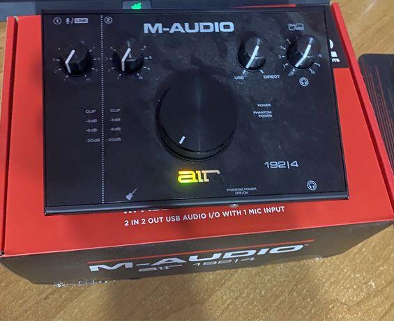 Звуковая карта M-AUDIO AIR 192 4 на гарантии