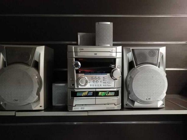 Sistema de som LG equipado c/ 5 colunas home cinema