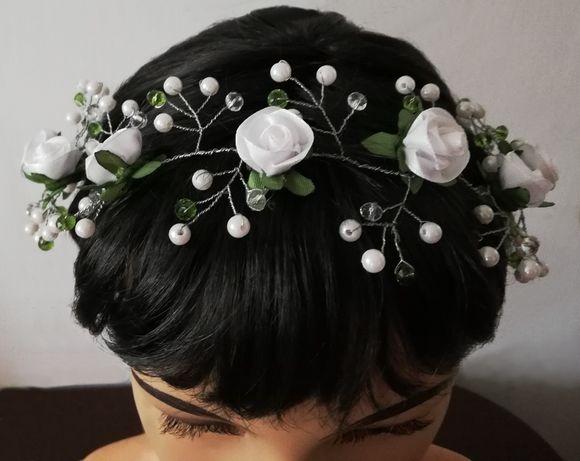 Stroik do włosów, gałązka, wianek, różyczki