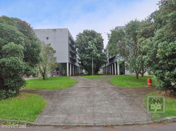Ref. 378131 - Venda de ÁREA COMERCIAL - Quinta da Francesa - Terra ...