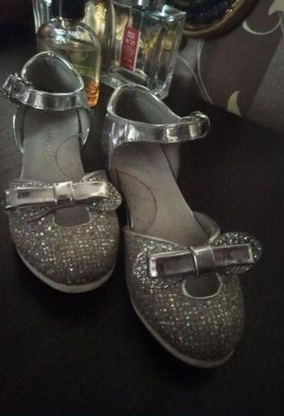 Туфли для девочки/детские