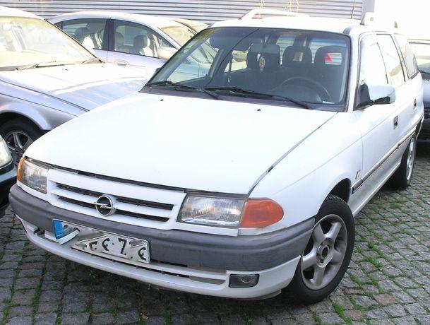 Opel Astra F para peças