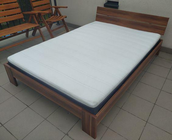 Łóżko sypialniane z materacem 140x200cm