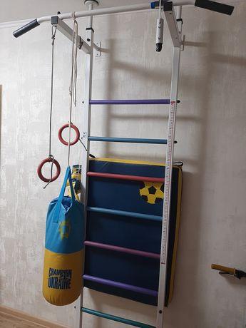 Шведская стенка детская +мат+боксерская груша