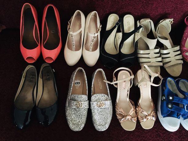Продам або обміняю взуття