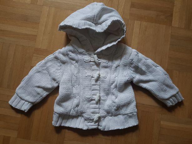 Bialy sweter sweterek 3-6 mcy 68 cm wdzianko kurteczka