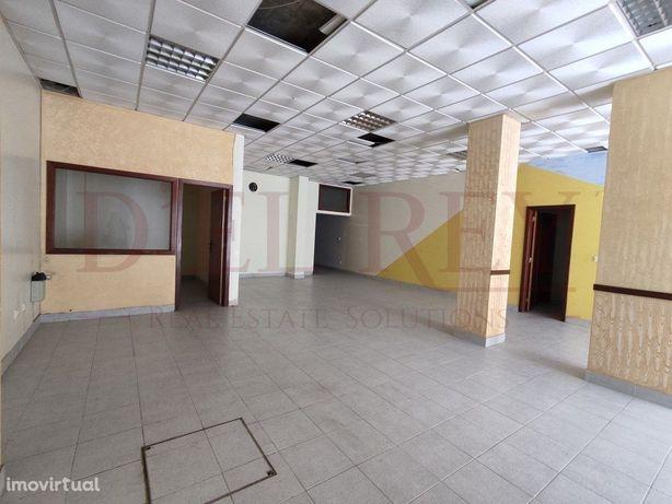 Loja 179 M2 - Povos - Vila Franca de Xira